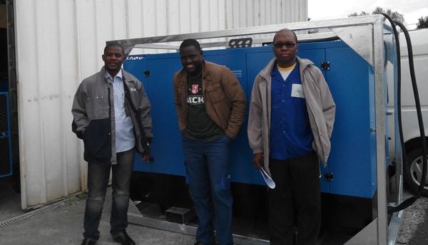 Daniel Yamegeu Ph.D, Patrice Dangang y Henri Kottin (LESEE)