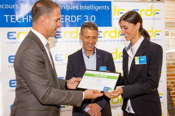 Bruno Bouteille y Ana Monreal reciben el secundo premio al concurso ERDF 2015