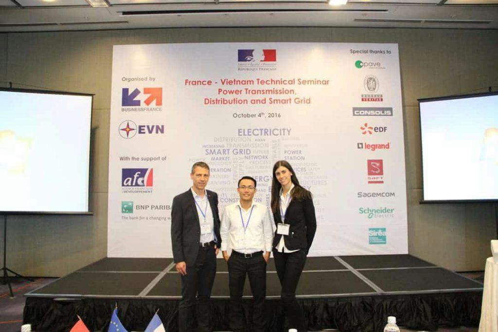 Bruno Bouteille, Dr. Nguyen Xuan Truong et Ana Monreal au Vietnam