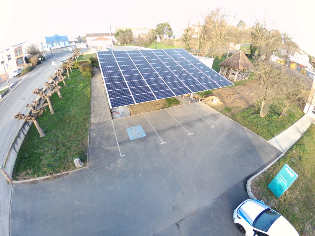 21 kWp photovoltaic carport at Sirea
